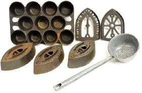 Cast Iron Items Griswold/Sad Irons/Trivets
