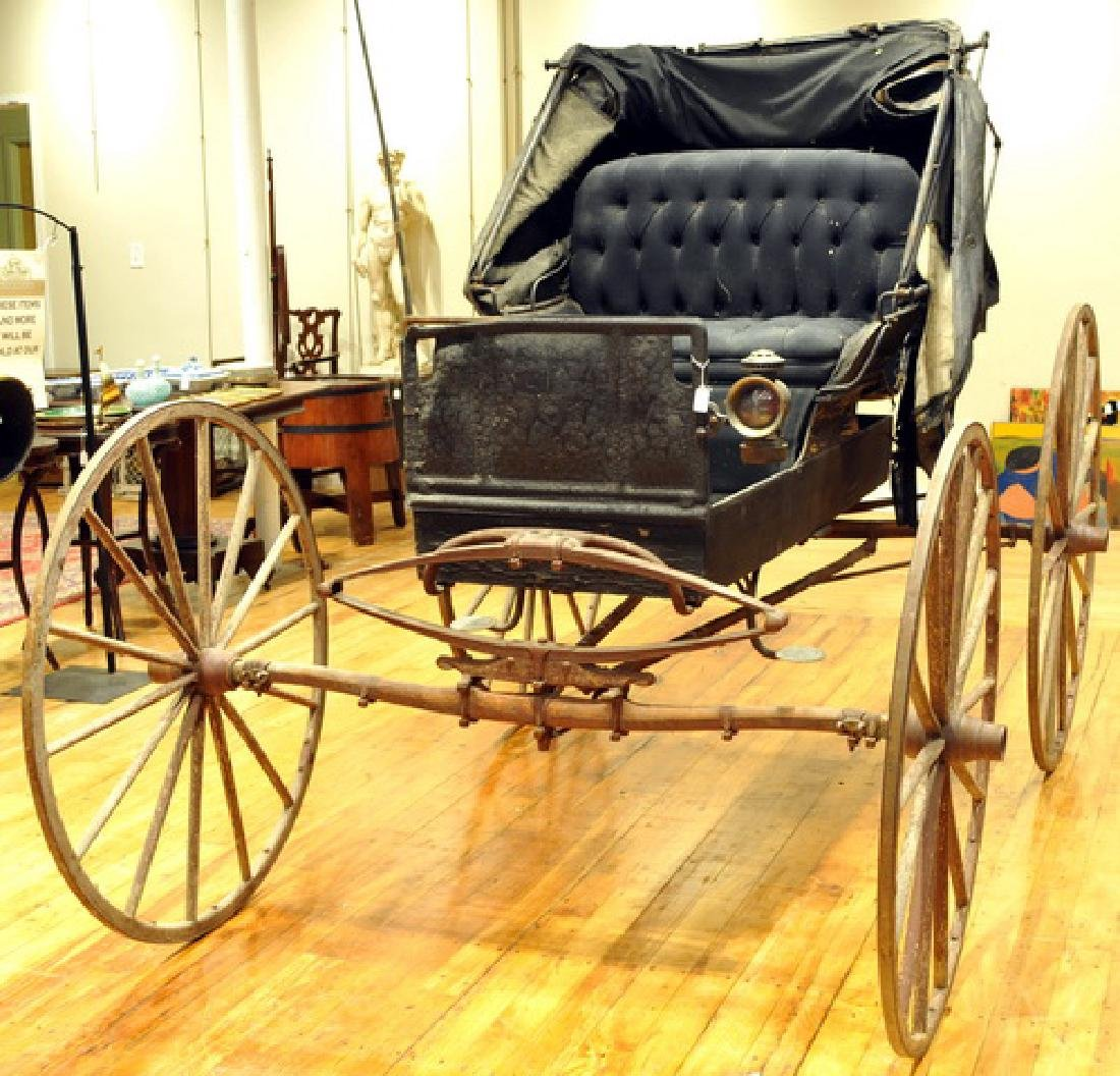 Horse-drawn buggy made by The Mifflinburg Buggy Co
