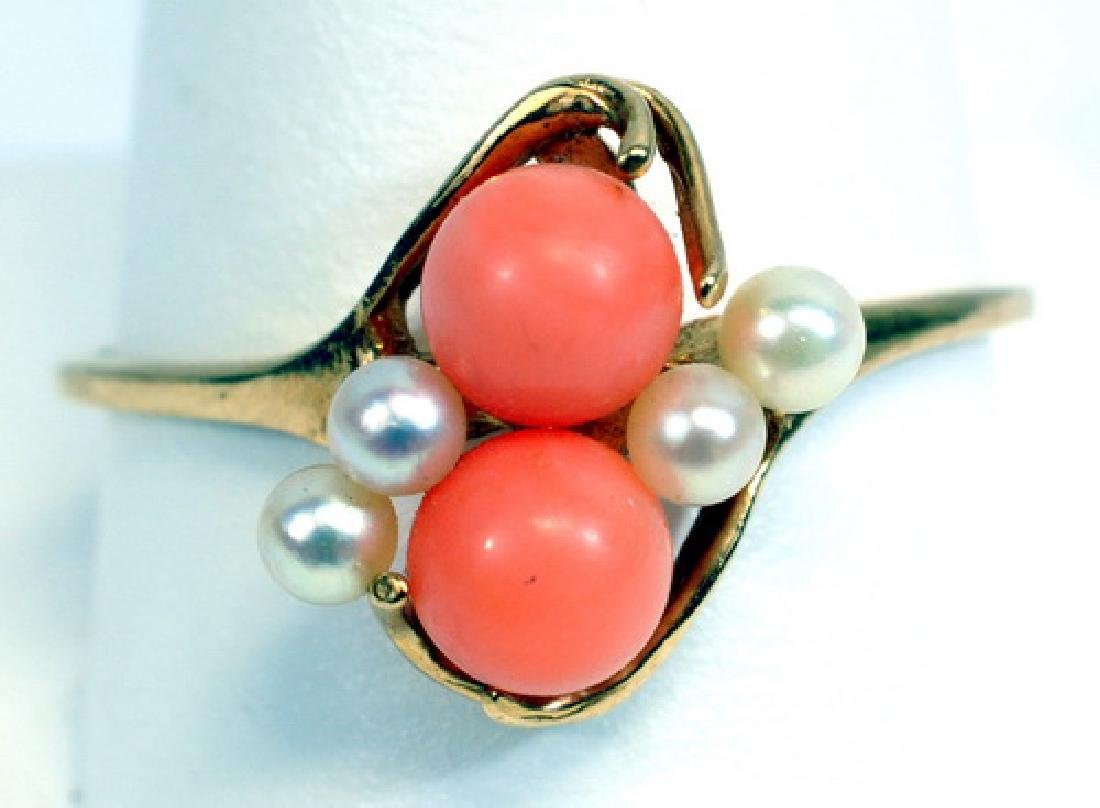 Vintage Ladies 14k Yellow Gold Coral & Pearl Ring