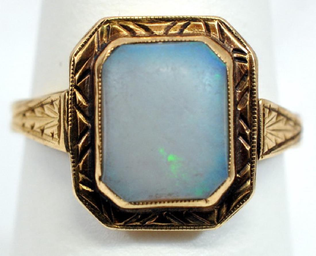 Antique Ladies 14k Yellow Gold Opal Ring Size 7