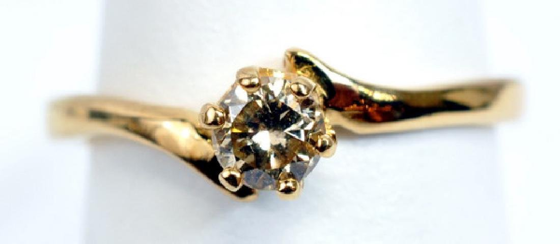 Ladies 14k Yellow Gold 1/4ct Diamond Ring
