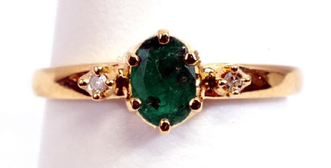 Ladies 10k Emerald Diamond Ring & Earrings