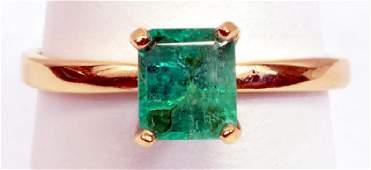 Ladies 14k Gold Emerald Ring  Earrings