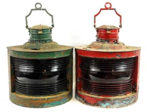 d739903e3d0897 3 Old Red, Ship Lantern Lamps