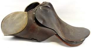 Vintage horse saddle 17