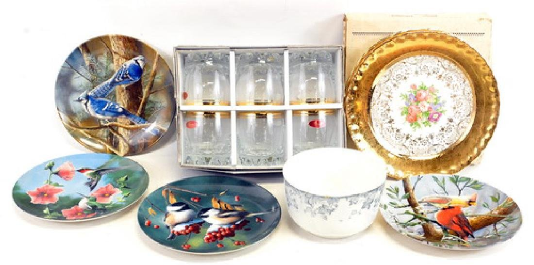 """Two 22K Colonial gold plates one floral 10"""""""