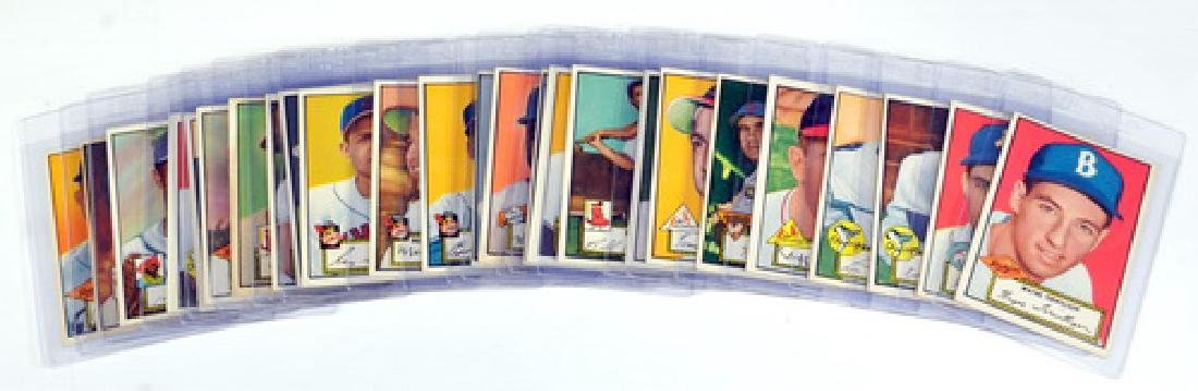 25 1952 Topps Baseball Cards In Nice Condition - 7