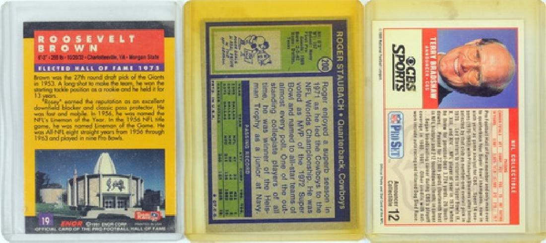 11 Vintage Football Cards Including Signed Cards - 4