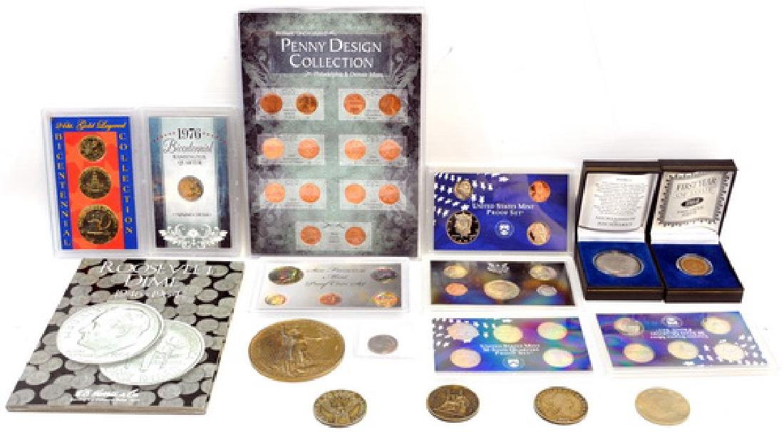 Coin Collection Containing Bradford Exchange Set - 5