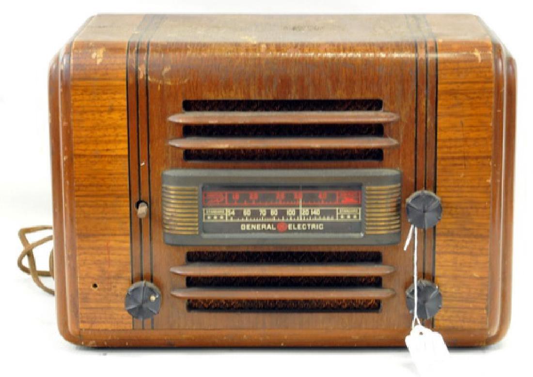 Two radios Sparton, General Electric