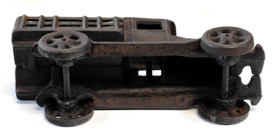 Original 1920's Hubley Cast Iron Truck - 4