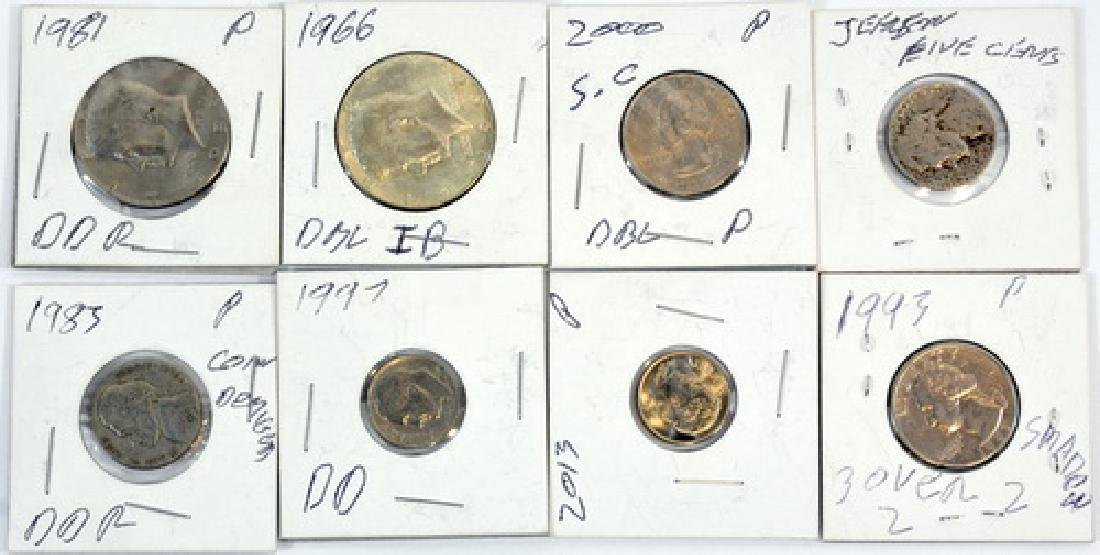 Us And Foreign Coins - 3