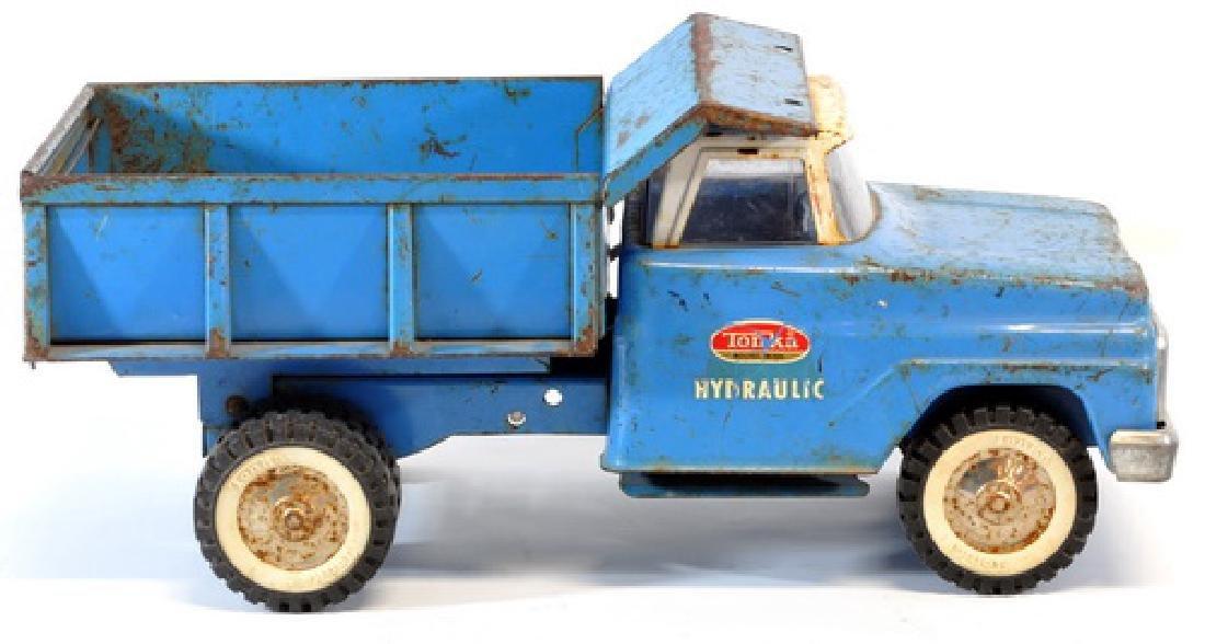 Vintage 1960's Tonka Hydraulic Dump Truck