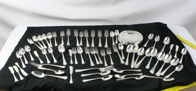 3: 98.55 Troy ounces of sterling flatware and plates