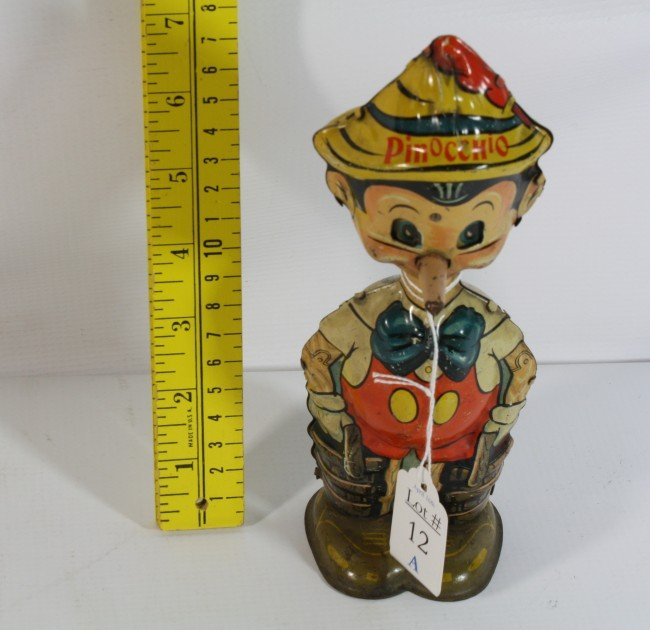 12A: 1939 Walt Disney Pinocchio litho wind up toy