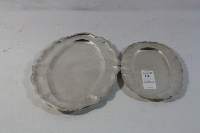 86: Pair of sterling trays 16.10 Troy Ounces