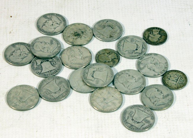 9: Coin Lot with 17 Silver Franklin half dollars and 3