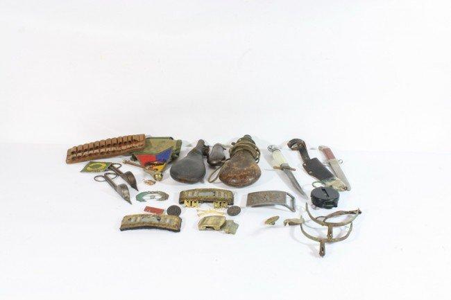 3: Civil war militray lot, knives, epilettes, compass,