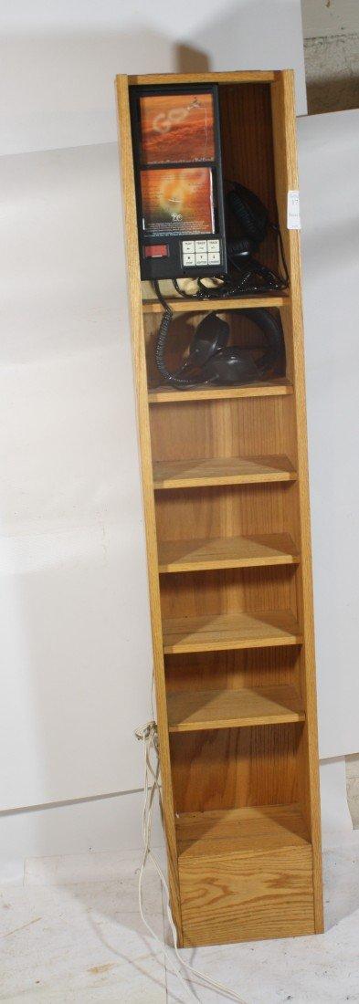 17: Audio CD Listening cabinet