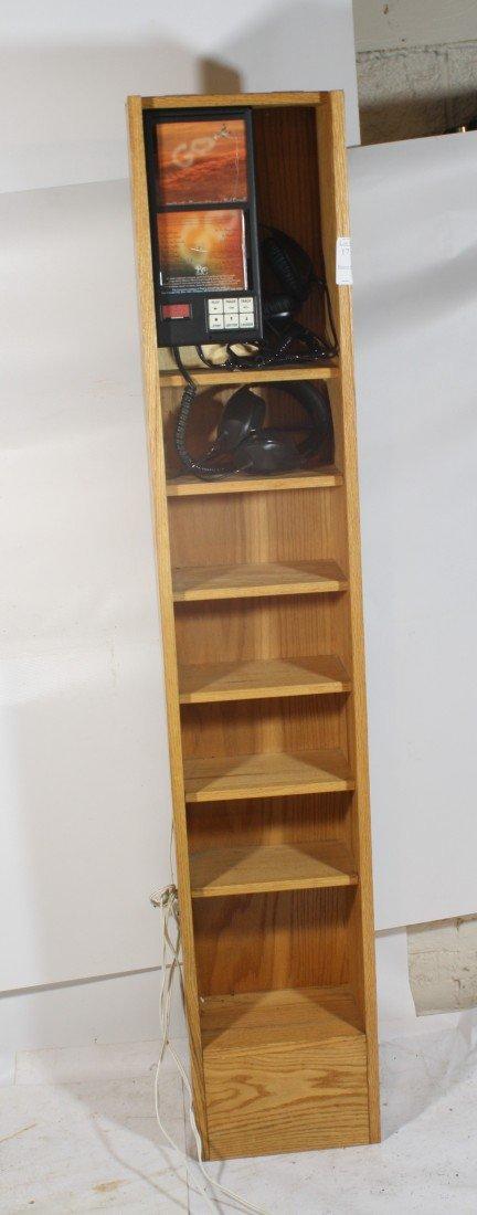 18: Audio CD Listening cabinet