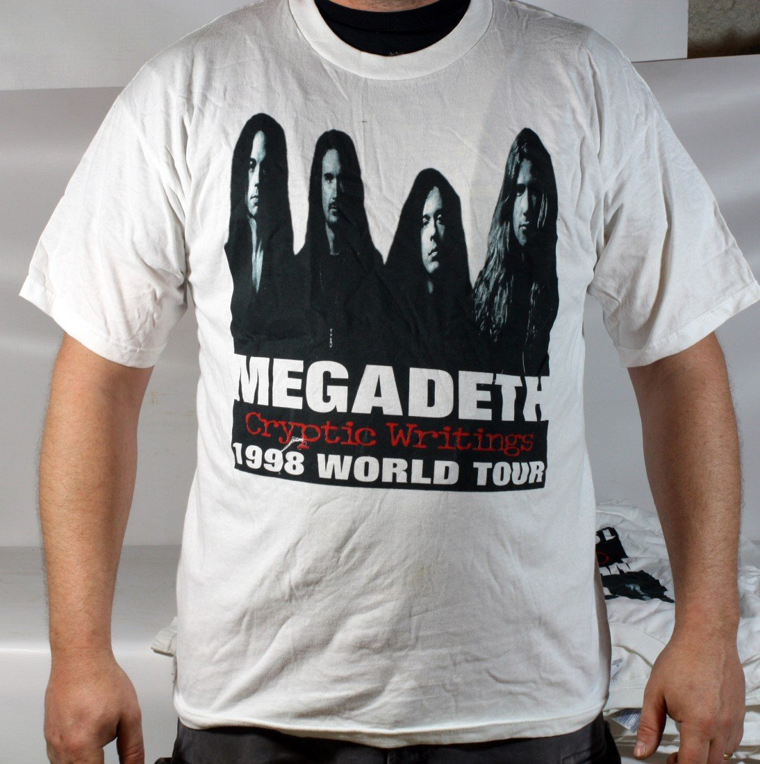 15: Lot of 9 MegaDeth T-Shirts from their 1998 tour