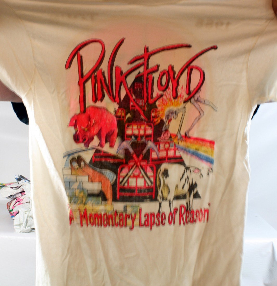 23: Lot of 8 Concert T-Shirts: All Pink Floyd