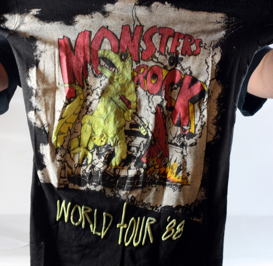24: Lot of 5 Concert T-Shirts: All different Monsters o