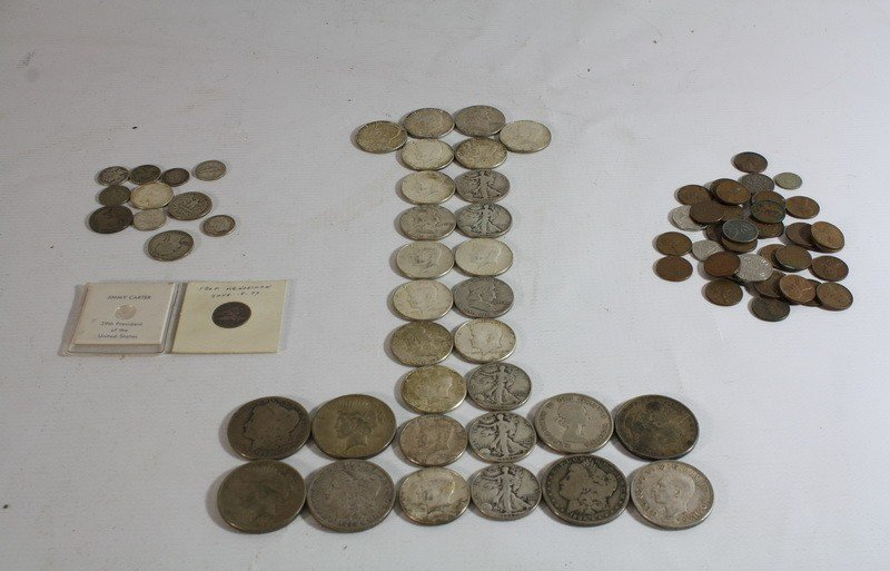 2: Coin Lot with 6 silver dollars, with $10 face of US