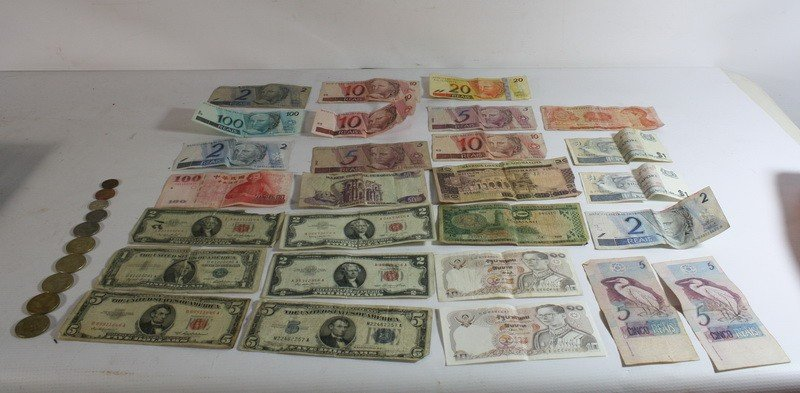13: Paper money and foreign coin lot , including US Pap