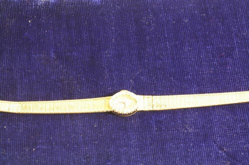 13: 14Kt. Navarre Watch 16.07 with movement DWT