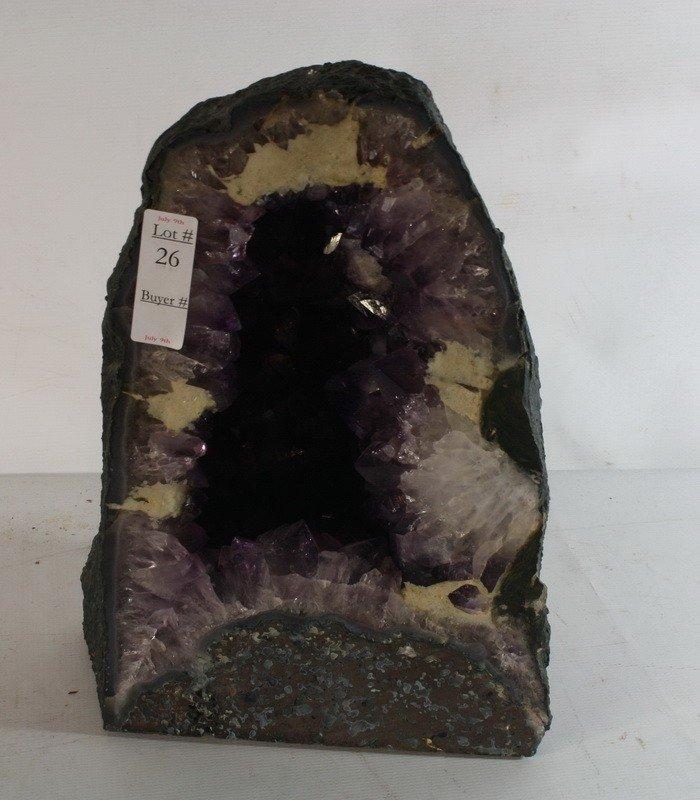 "26: 14"" Purple quartz gem rock"