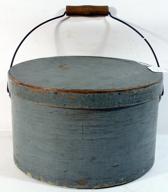 15: Pantry box with bail handled in original old paint