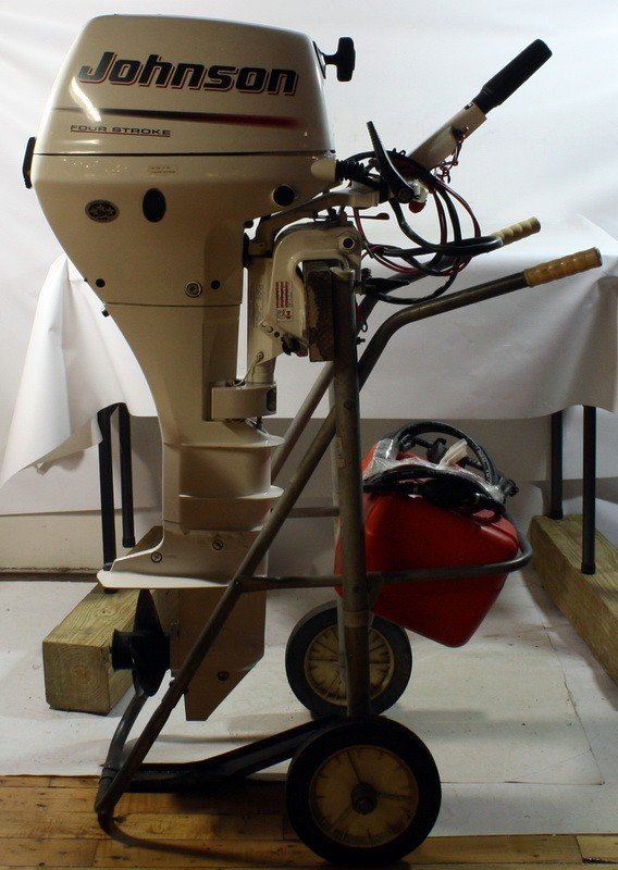 22: Johnson 15hp Four Stroke 2005, less than 5 hours us
