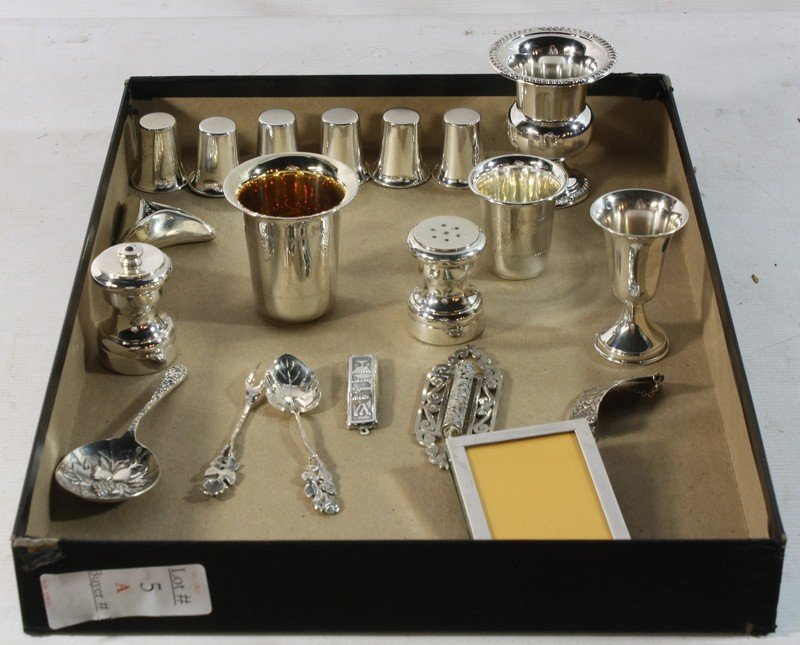 5A: Sterling silver lot with cups and shot glasses etc.