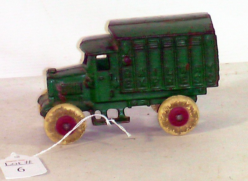 6: 5'' Cast Iron Railroad Express Truck, painted green