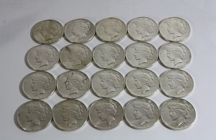 12A: Roll of 20 Silver Peace Dollars in Varying Grades