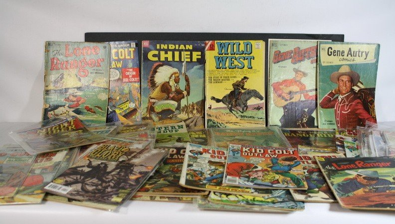 19A: Over 30 comics to include Gene Autry's, other west