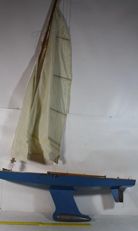 "9: Pond Boat model 36"""