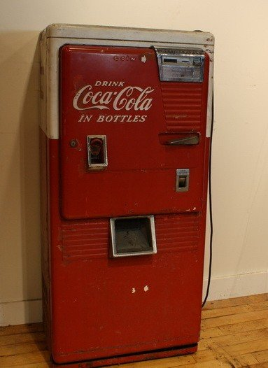11A: Upright drink Coca Cola Machine