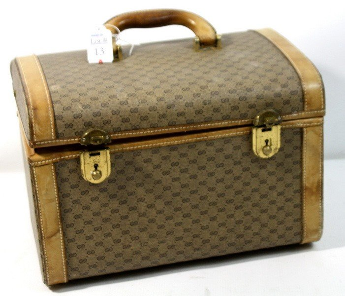 13A: Vintage Leather Gucci Cosmetics Case