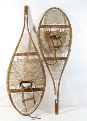 11: Set of snowshoes
