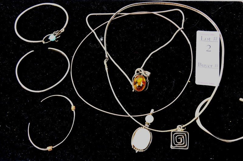 2: Sterling silver and lot with amber moonstone