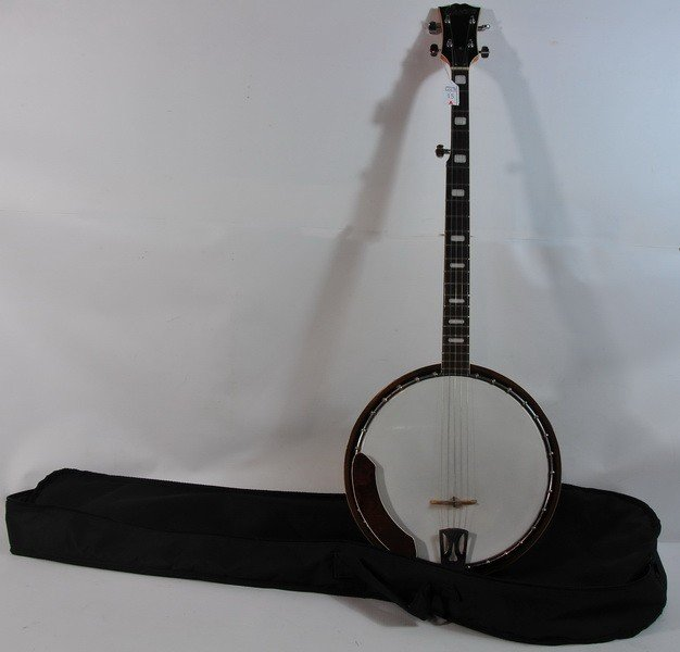 15A: Cameo 5 String Banjo in soft case with Maple Neck