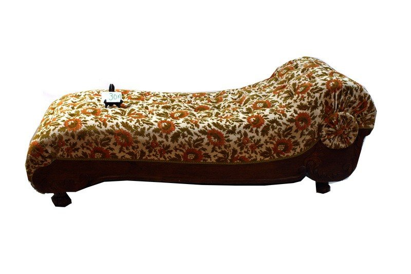 30A: Victorian Fainting couch