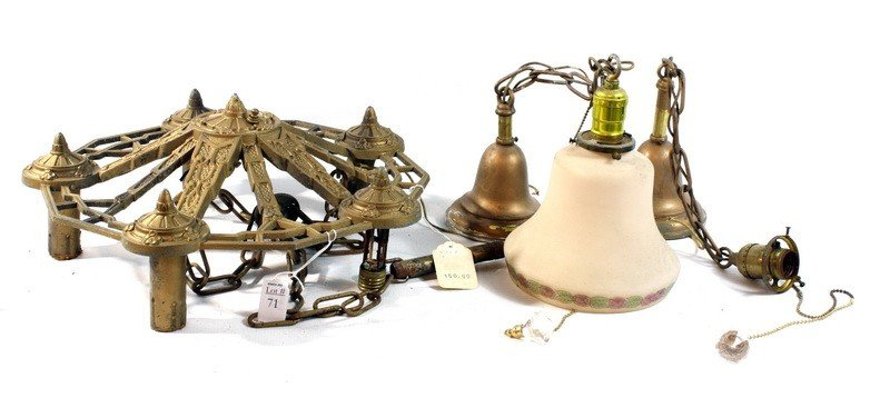 71: Light fixture lot with chandelier
