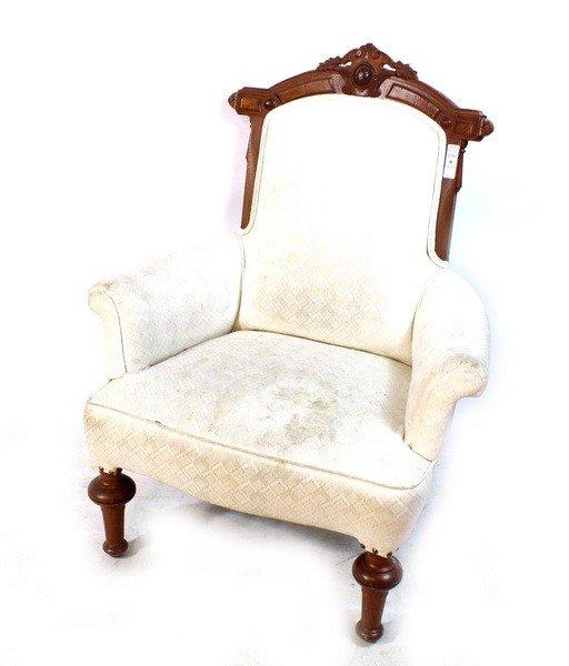 108A: Victorian Parlor Chair White