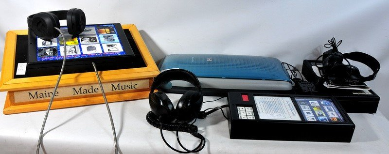 532A: 3 Music CD Kiosks with Headsets and power adapter