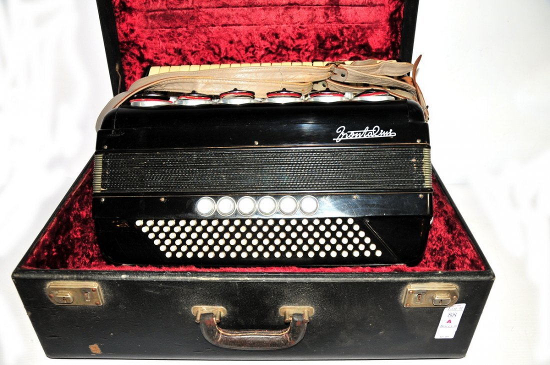 88A: Frontalini Accordion in Case