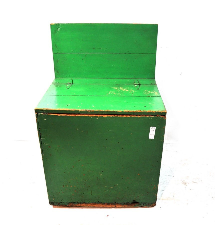 49: Green painted country wood box with back splash 37x