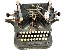 Black Oliver Typewriter